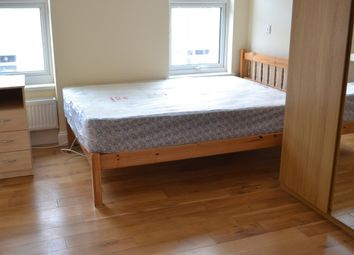 3 bed maisonette to rent in Cato Road, Clapham, London SW4