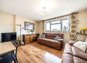 Queen Adelaide Road, Penge SE20. 2 bed flat for sale