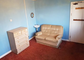 Thumbnail Studio to rent in Guildford Road, London