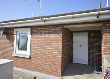 Thumbnail 1 bed flat to rent in Hamilton Road, Walmer, Deal