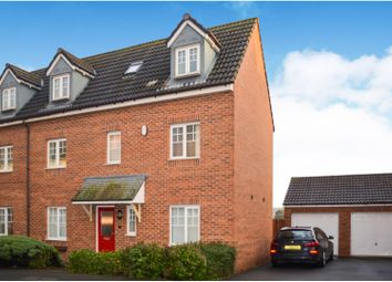 4 bed semi-detached house for sale in Warmington Avenue, Grantham NG31