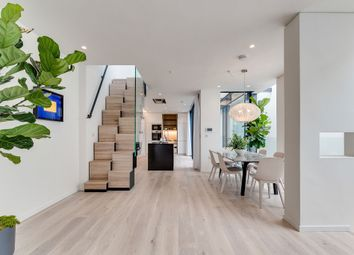 3 bed maisonette for sale in Rostrevor Mews, London SW6