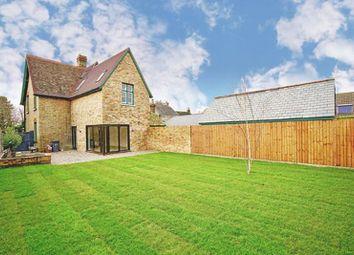 4 bed property for sale in High Street, Brampton, Huntingdon. PE28