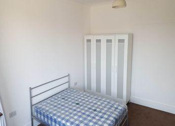 Thumbnail Room to rent in Upper Rainham Road, Romford, Essex