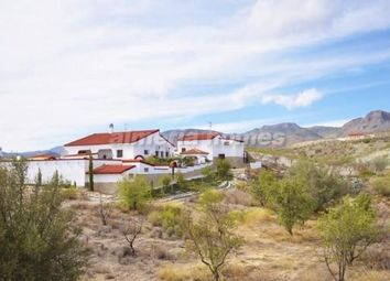 Thumbnail 4 bed villa for sale in Villa Imperial, Oria, Almeria
