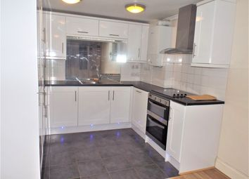 Thumbnail 3 bed flat to rent in Woodthorpe Road, Ashford