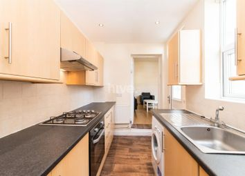 2 bed flat to rent in Simonside Terrace, Heaton, Newcastle Upon Tyne NE6