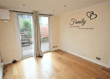 Thumbnail 2 bed flat to rent in Avondale Avenue, East Barnet, Barnet