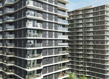 Thumbnail 1 bed flat for sale in Cassia Point, Glasshouse Gardens, Stratford, London