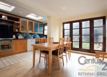 Thumbnail 5 bed town house for sale in Brooke Road, London