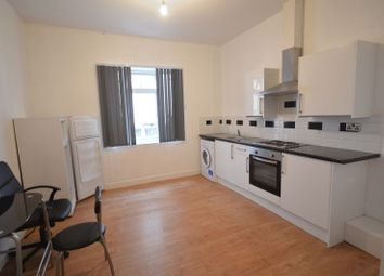 Thumbnail Studio to rent in Flat 3, York Road, Leicester