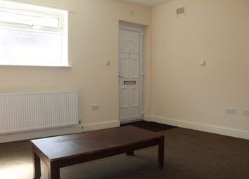 Thumbnail Studio to rent in Regent Close, North Finchley