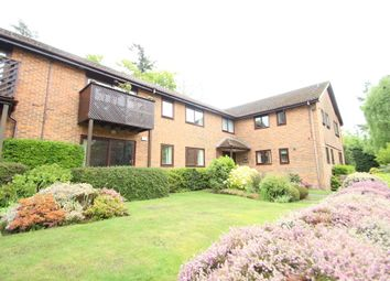 Thumbnail 2 bedroom flat to rent in Collingwood Rise, Camberley