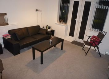 Thumbnail 1 bed flat to rent in John Street, Town Centre