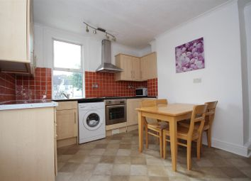 3 bed flat to rent in Drayton Road, London NW10