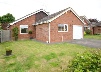 Thumbnail 4 bedroom detached house for sale in Oatlands Road, Shinfield, Reading