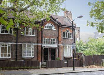 2 bed maisonette for sale in Vestry Road, Camberwell SE5