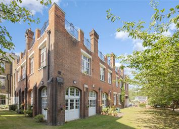 Thumbnail 2 bed flat for sale in Devonshire Drive, Greenwich