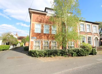 Thumbnail 2 bed flat to rent in Longfellow Road, Worceser Park, Surrey