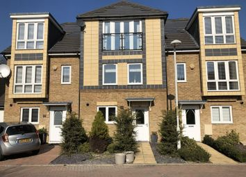 4 bed property for sale in Stone House Lane, Dartford DA2