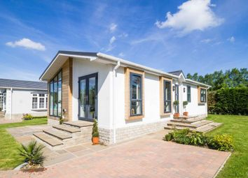 Thumbnail 2 bed mobile/park home for sale in Puddledock Lane, Great Hockham, Thetford