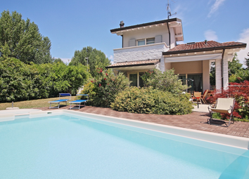 Thumbnail 4 bed villa for sale in Sirmione, Brescia, Lombardy, Italy