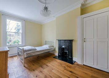 Thumbnail 1 bed property to rent in Park Road, London
