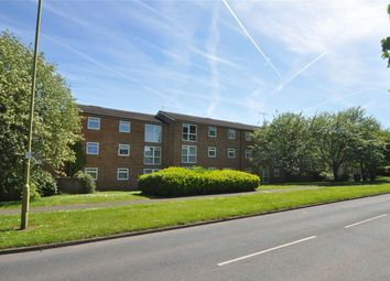 Thumbnail 3 bed flat for sale in Hedgebrooms, Welwyn Garden City, Hertfordshire