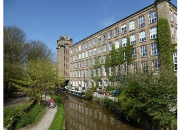 Thumbnail 2 bed flat to rent in Clarence Road, Macclesfield