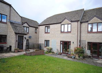 Thumbnail 2 bed flat for sale in Riverside Gardens, Witney