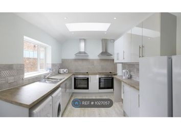 Room to rent in Raleigh Street, Scarborough YO12