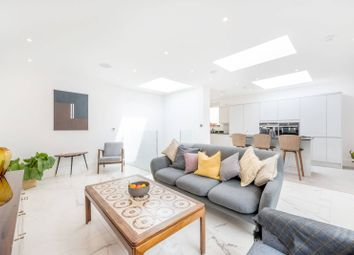 Thumbnail 3 bedroom property for sale in Downham Road, De Beauvoir Town, London