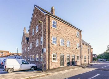 Thumbnail 1 bed flat for sale in Fitzwilliam Court, Market Rasen, Lincolnshire