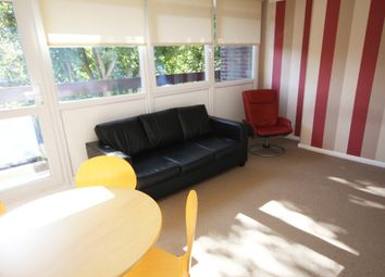 Thumbnail 3 bed maisonette to rent in Virginia Road, Shoreditch