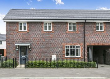 4 bed property for sale in Somerley Drive, Crawley RH10