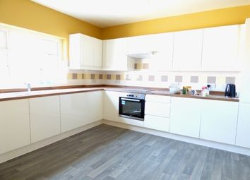 Thumbnail 3 bed flat to rent in High Street, Gosport