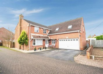 5 bed detached house for sale in Hayfield Grove, Weston, Newark, Nottinghamshire NG23