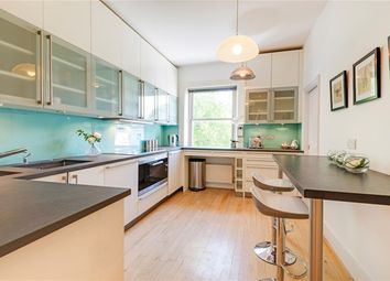 Thumbnail 5 bed flat to rent in Belsize Park Gardens, London
