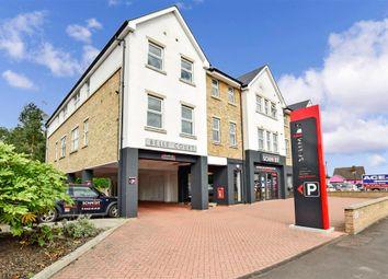 London Road, Larkfield, Aylesford, Kent ME20. 2 bed flat