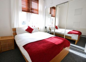 Thumbnail 2 bed flat for sale in Kemp Street, Hamilton