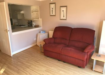 Thumbnail Studio to rent in Capstone Road, Chatham