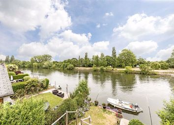 Thumbnail 2 bed detached house for sale in The Island, Thames Ditton