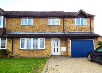 3 bed property to rent in Medina Gardens, Bicester OX26