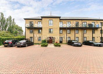 Davis House, 5 Huguenot Drive, London N13. 2 bed flat