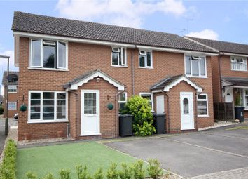 1 bed maisonette to rent in Vernon Close, Ottershaw, Surrey KT16