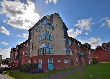 Thumbnail 2 bed flat for sale in Leyland Road, Dunstable