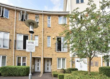 Thumbnail 4 bedroom town house for sale in Kingsquarter, Maidenhead