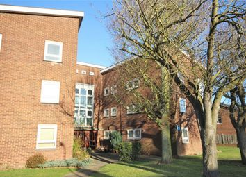 Thumbnail 1 bed flat to rent in Orchard Close, Radlett, Hertfordshire