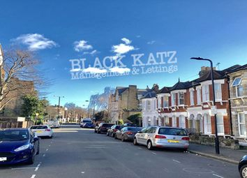 Thumbnail 4 bed town house to rent in Hazelbourne Road, London