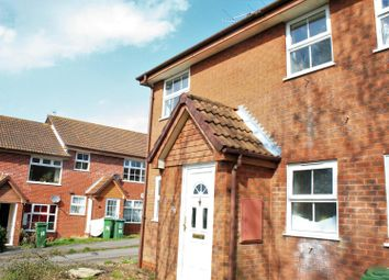 Thumbnail 1 bedroom flat to rent in Dalesford Road, Aylesbury